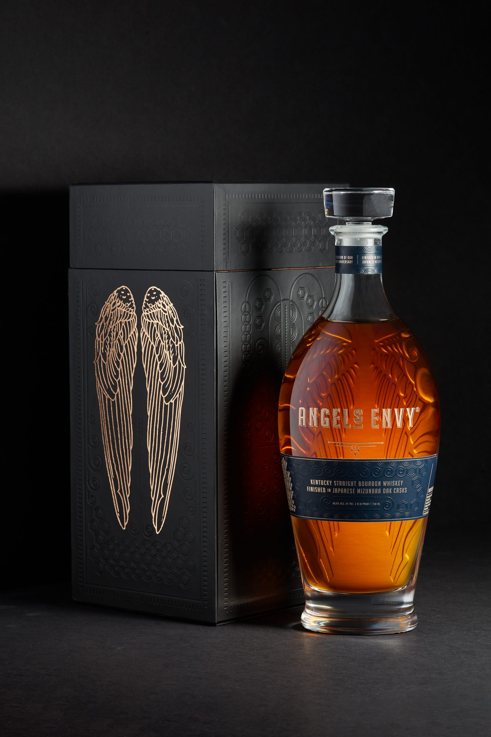 Angel's Envy Bourbon Whiskey Finished In Mizunara Oak Casks 2020